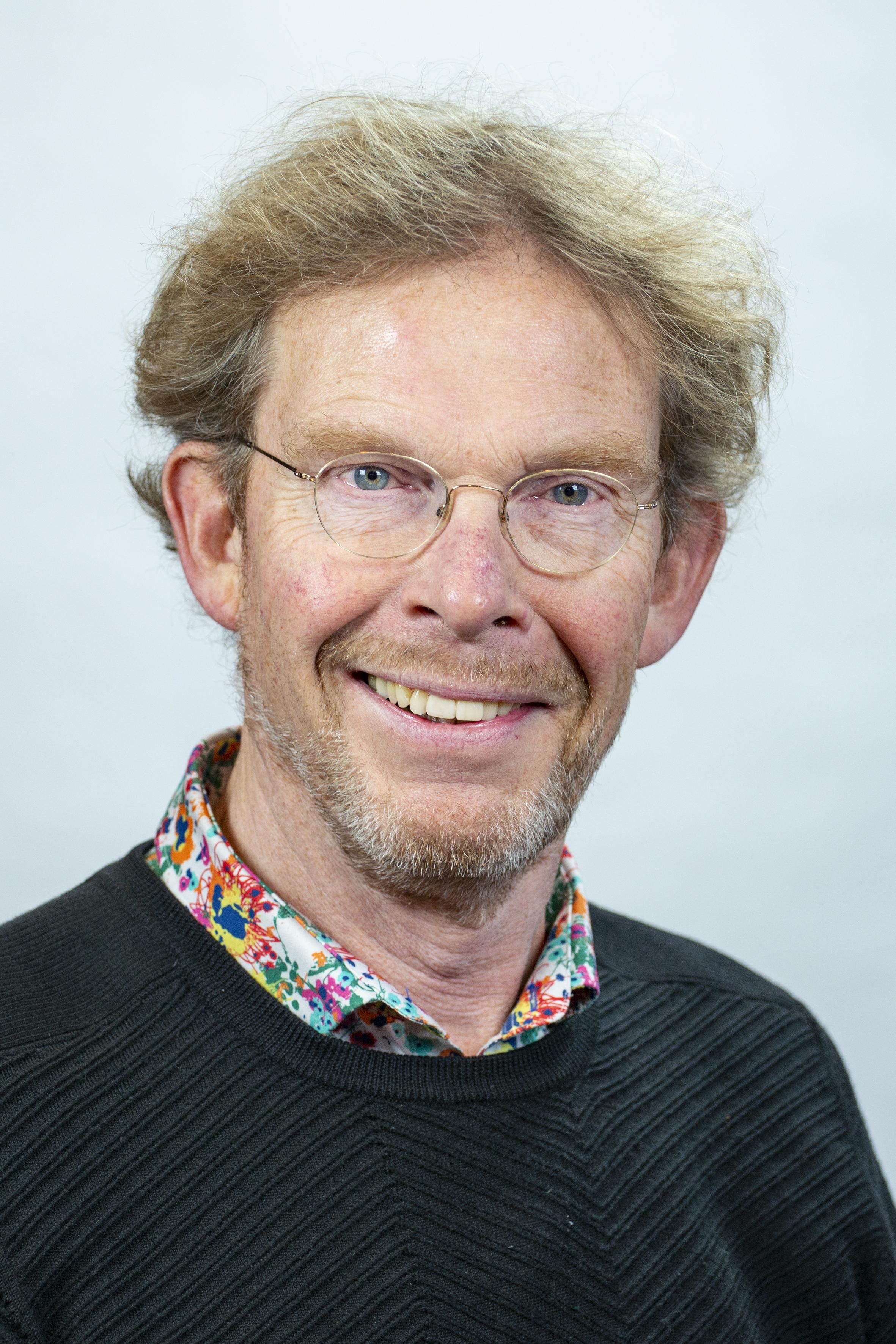 Drs. M.P. Angenent MPA (Michiel)