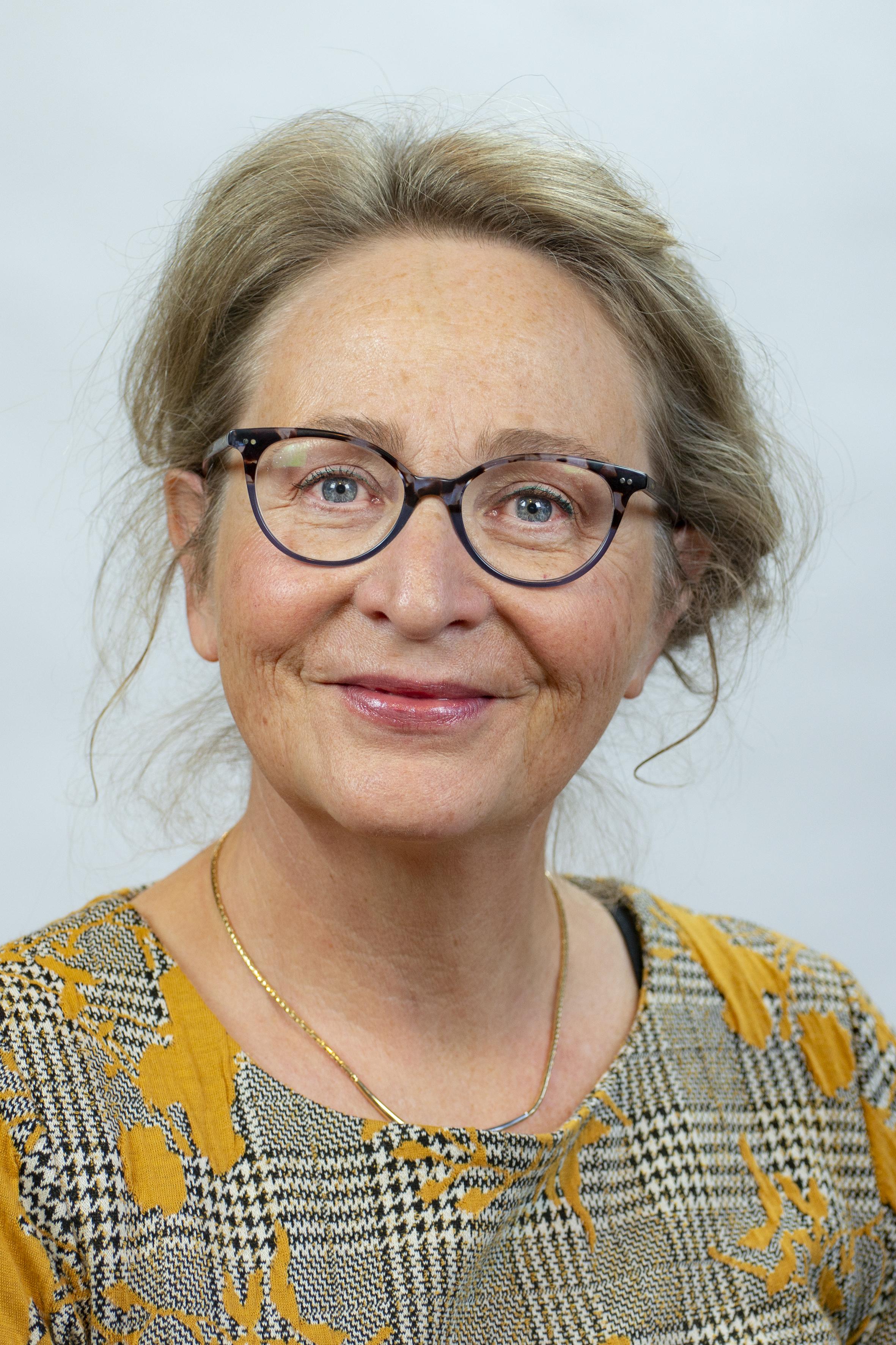 drs. W.M.R. de Water (Wilma)
